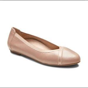 Vionic Caroll Nude Leather Flats